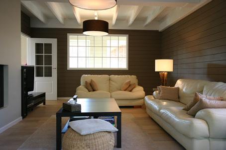 Maison ossature bois waterloo conception et suivi de for Interieur maison bois massif