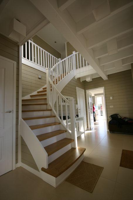 Maison ossature bois waterloo conception et suivi de for Interieur maison ossature bois